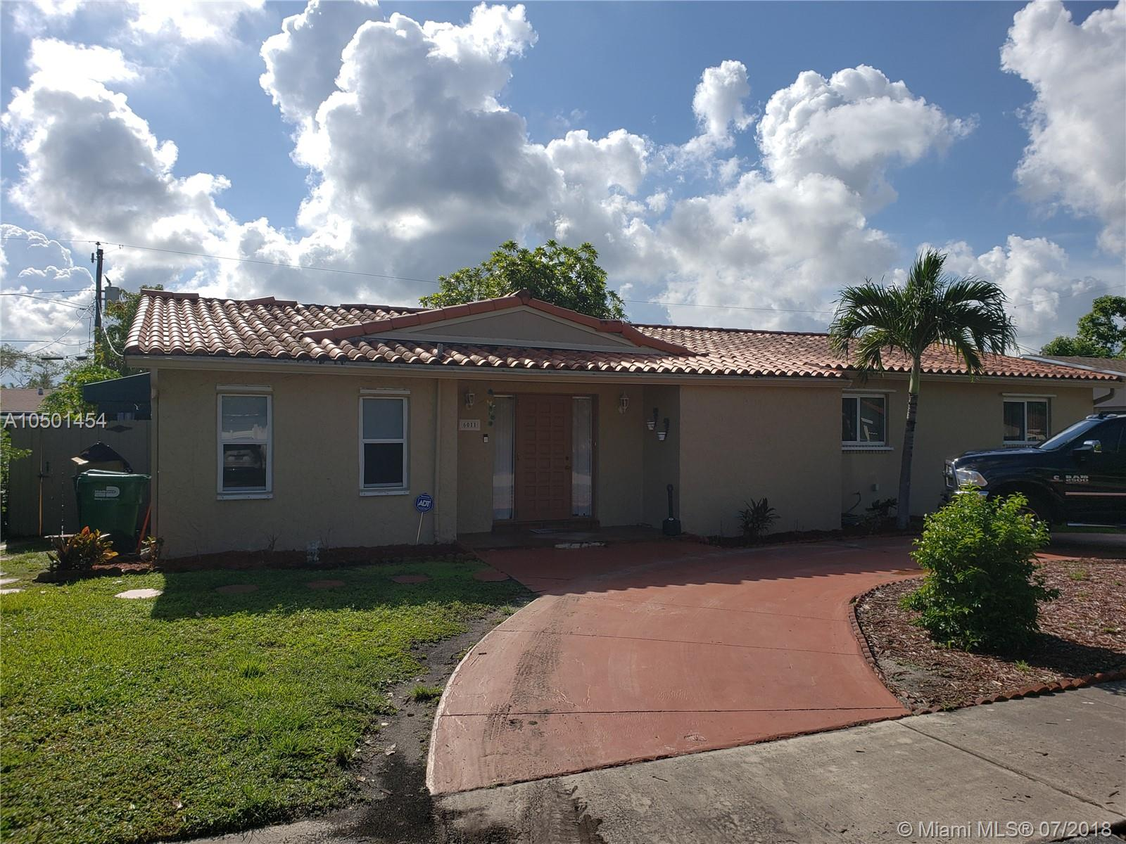6011 SW 96th Ave  For Sale A10501454, FL