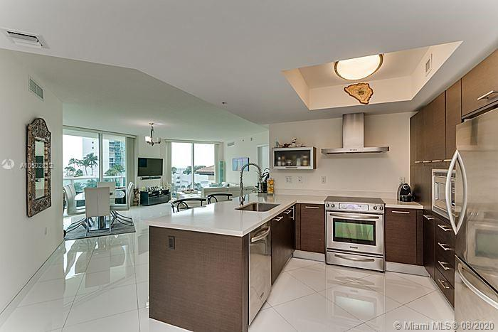 150  SUNNY ISLES BL #1-606 For Sale A10502812, FL