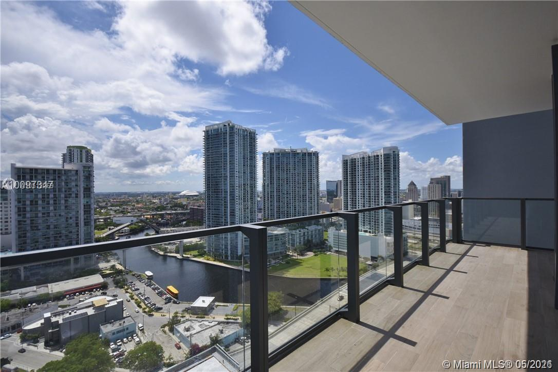 68 SE 6th St #2608 For Sale A10512269, FL