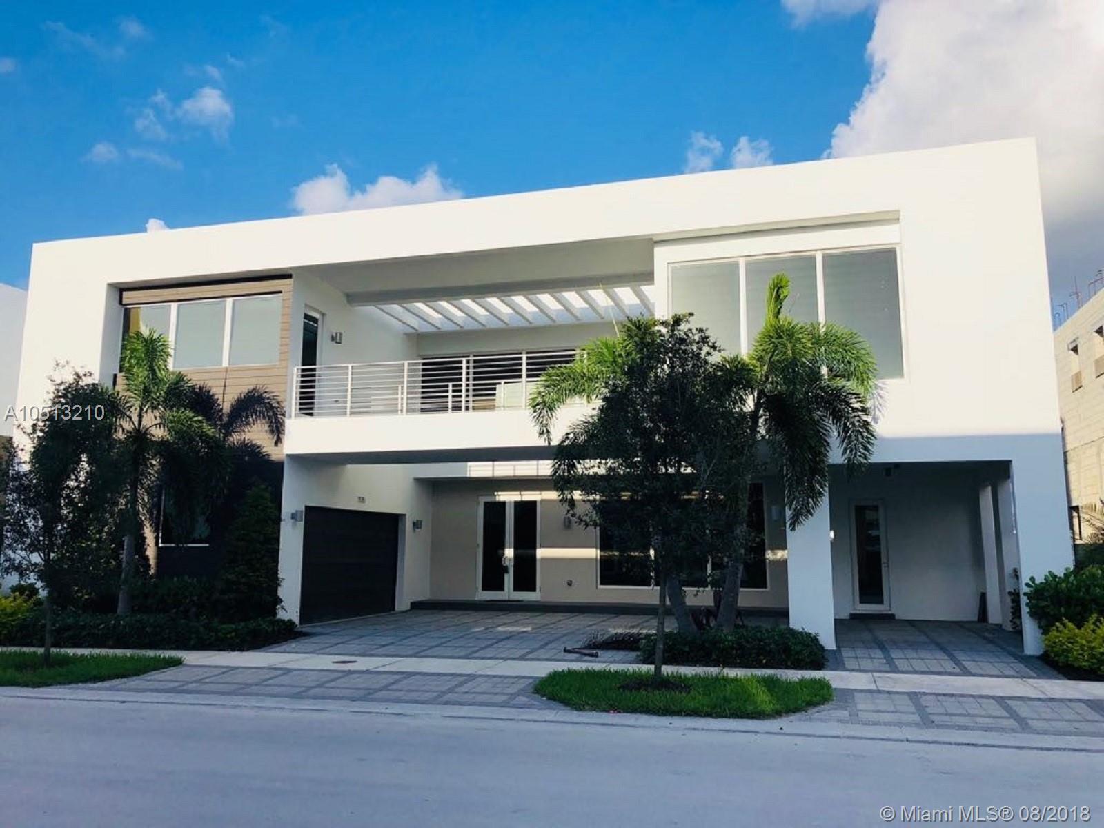 7515 NW 103rd Ct, Miami, FL 33178