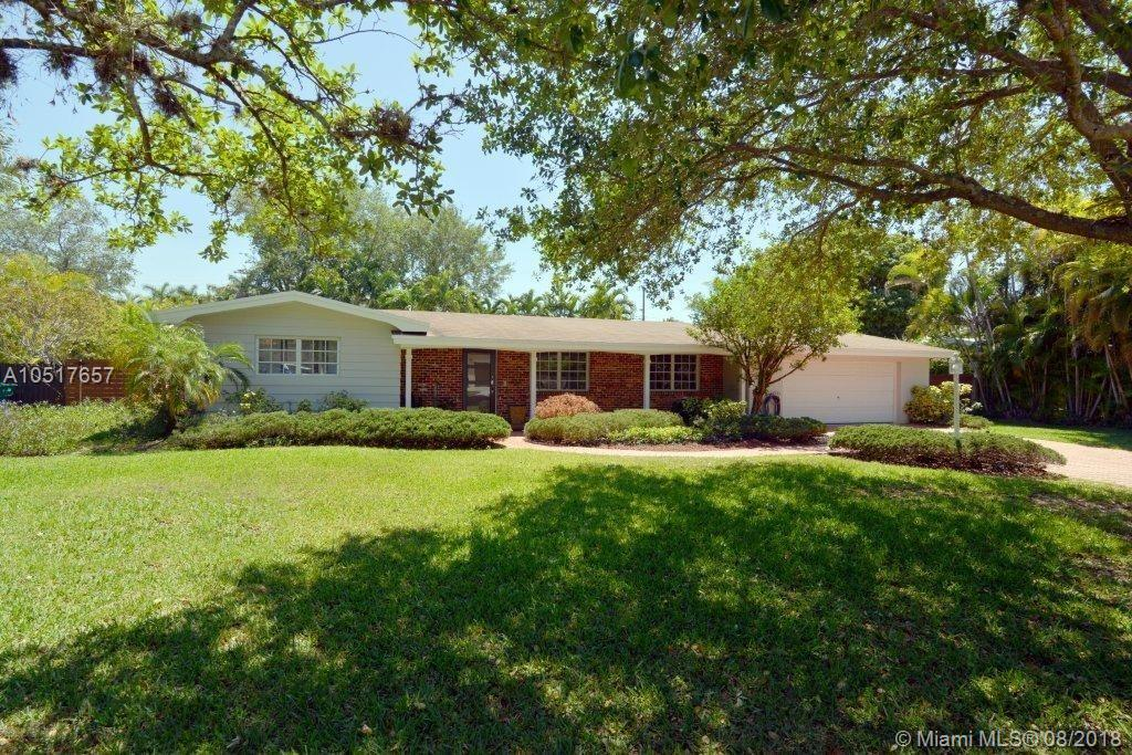 7420 SW 99th St  For Sale A10517657, FL