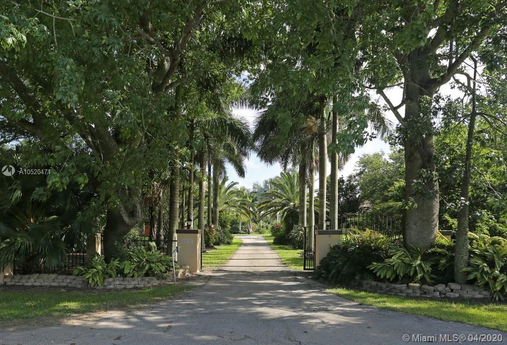 22595 SW 252 ST  For Sale A10520471, FL