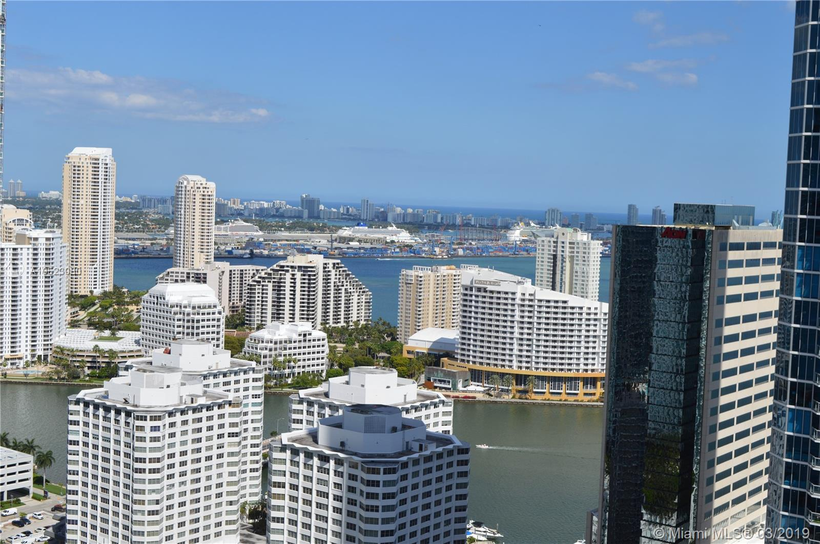 Great Opportunity!!! Beautiful apartment in the heart of Brickell Avenue. Amazing stunning City & Bay views. 2 Bed/ 2.5 Baths , excellent conditions.Security 24 hours,1 Parking plus Valet.Close to excellent Restaurants, Shopping,Entertainment near Mary Brickell Village,Brickell City Center and Express Way, one of a kind!!!The Association fee include :Basic Cable,Water and Fumigation