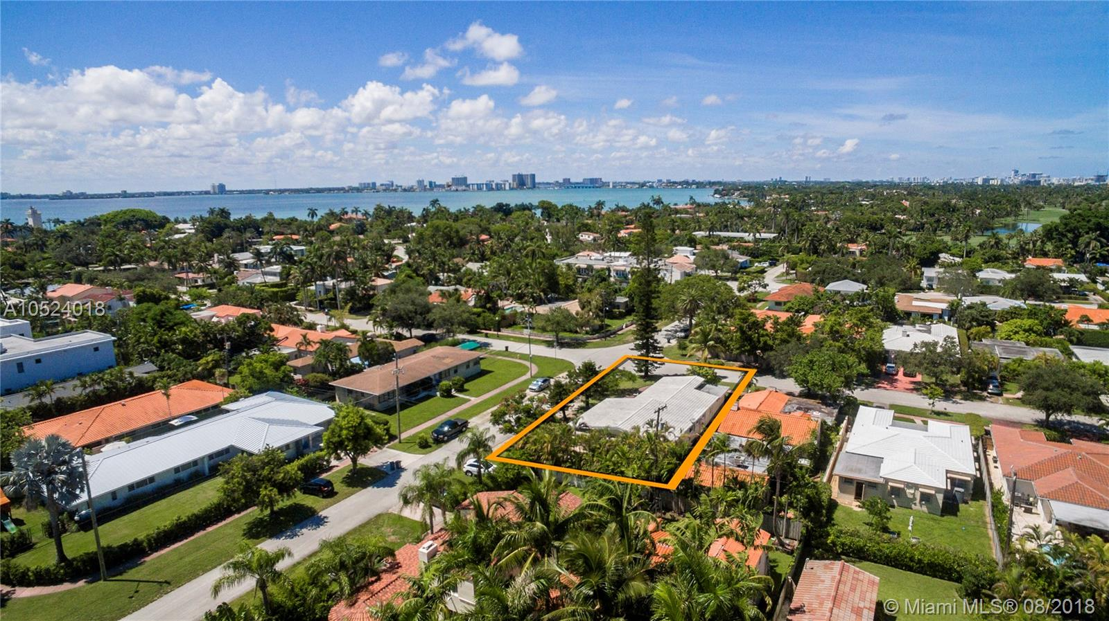 4955  Cherokee Ave  For Sale A10524018, FL