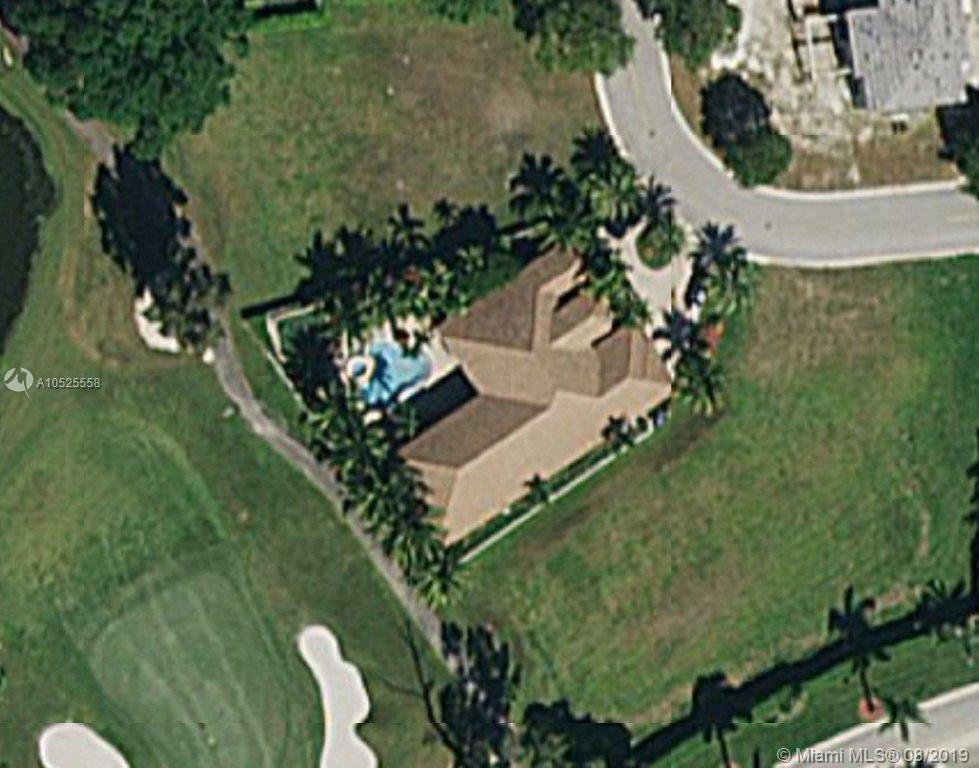 660 W Enclave Cir W, Pembroke Pines, FL 33027