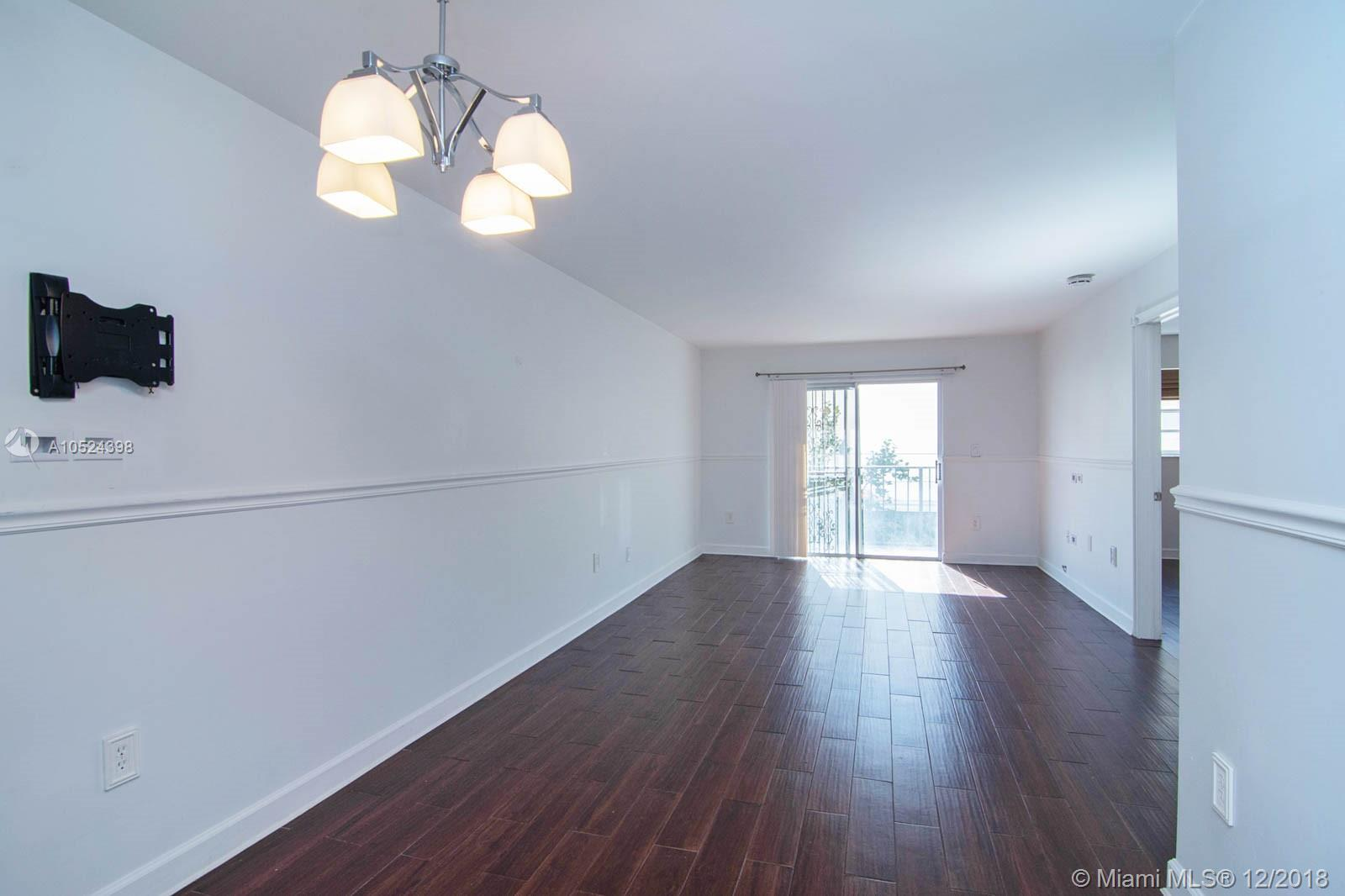 1605  Meridian Ave #203 For Sale A10524398, FL