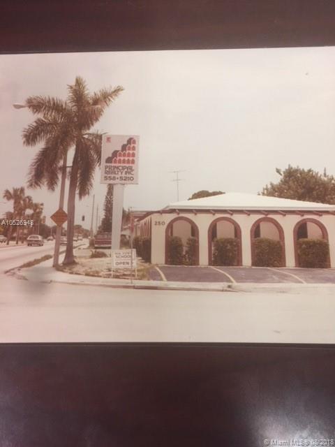 250 W 49th St, Hialeah, FL 33012