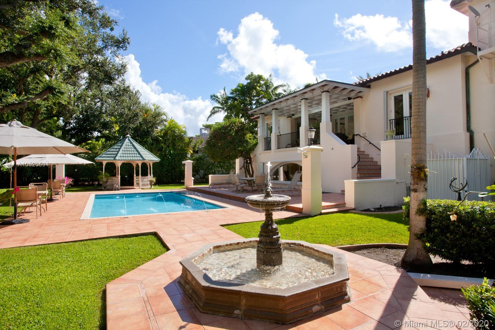 8000  Los Pinos Blvd  For Sale A10520694, FL