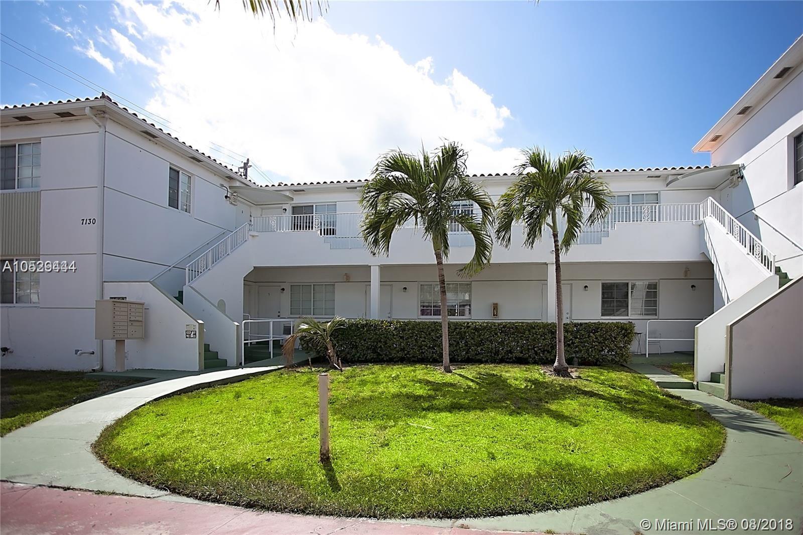 7130 Rue Versailles, Miami Beach, FL 33141