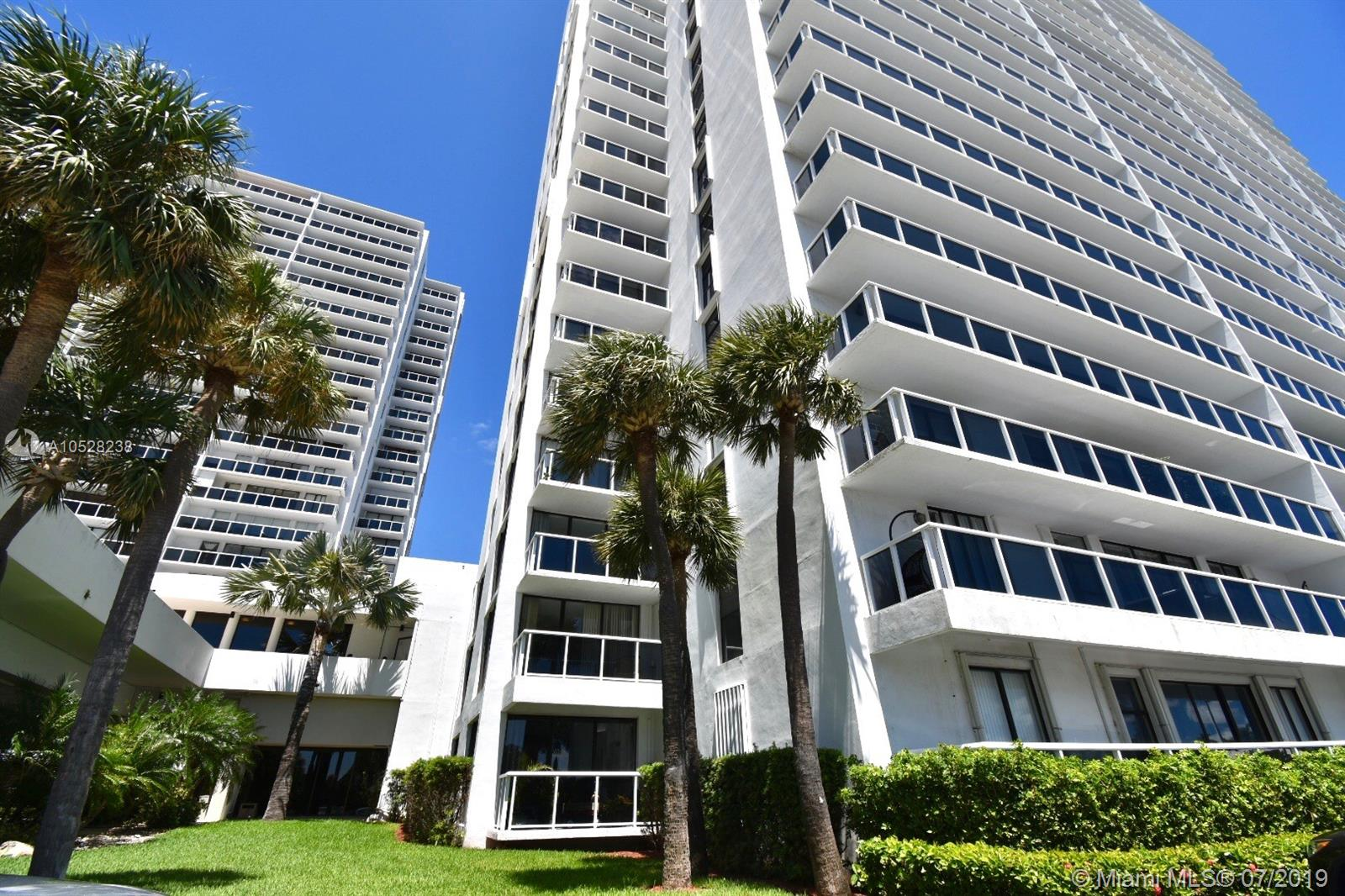 20515 E Country Club Dr #148 For Sale A10528238, FL
