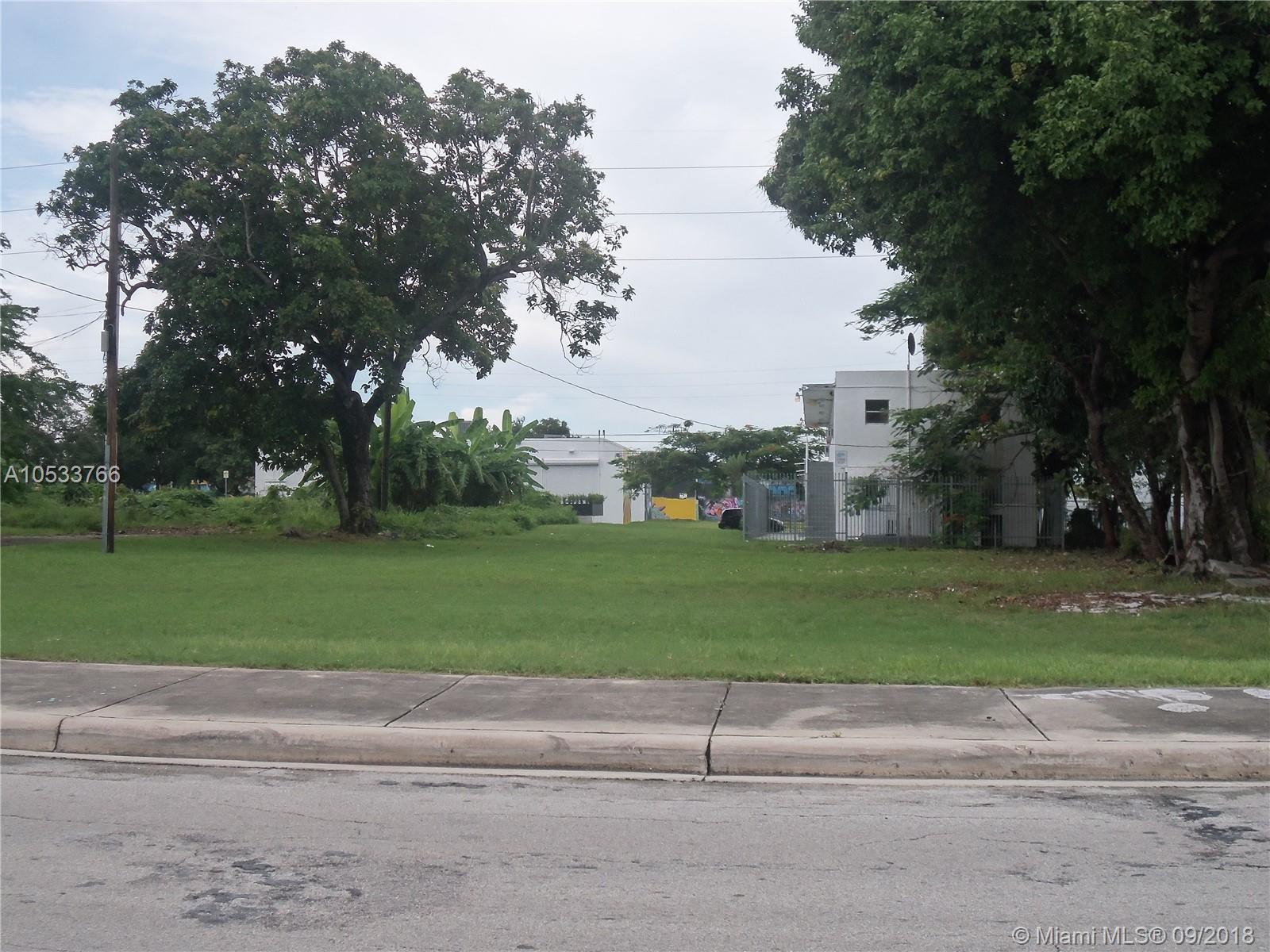 2167 NW 5th Ct, Miami, FL 33125