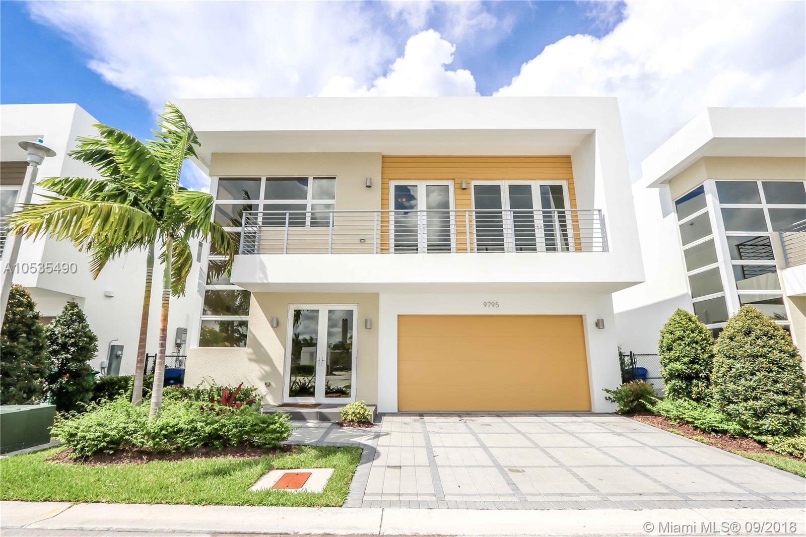 9795 NW 75th Ter, Miami, FL 33178