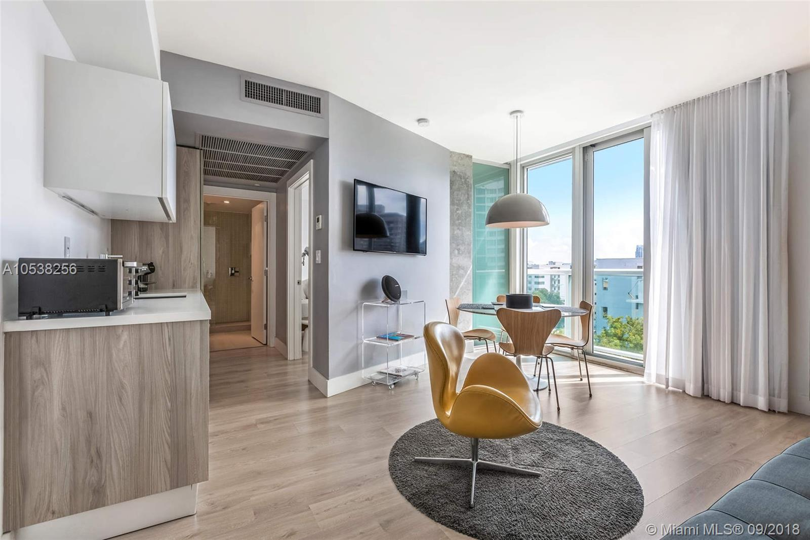 1215  West Ave #206 For Sale A10538256, FL