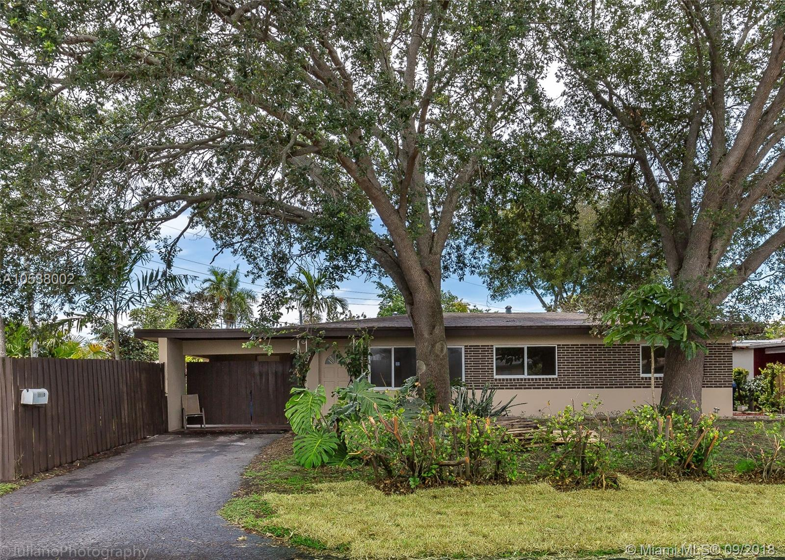 BEAUTIFUL REMODELED 3/2 SINGLE + DEN FAMILY HOME IN WILTON MANORS. CHARMING GARDEN WITH ROOM FOR POOL. BIG DEN CAN BE CONVERTED IN ANOTHER BEDROOM. A MUST SEE, HOUSE WITH A LOT POTENTIAL ON A NOT TRAFFIC STREET.