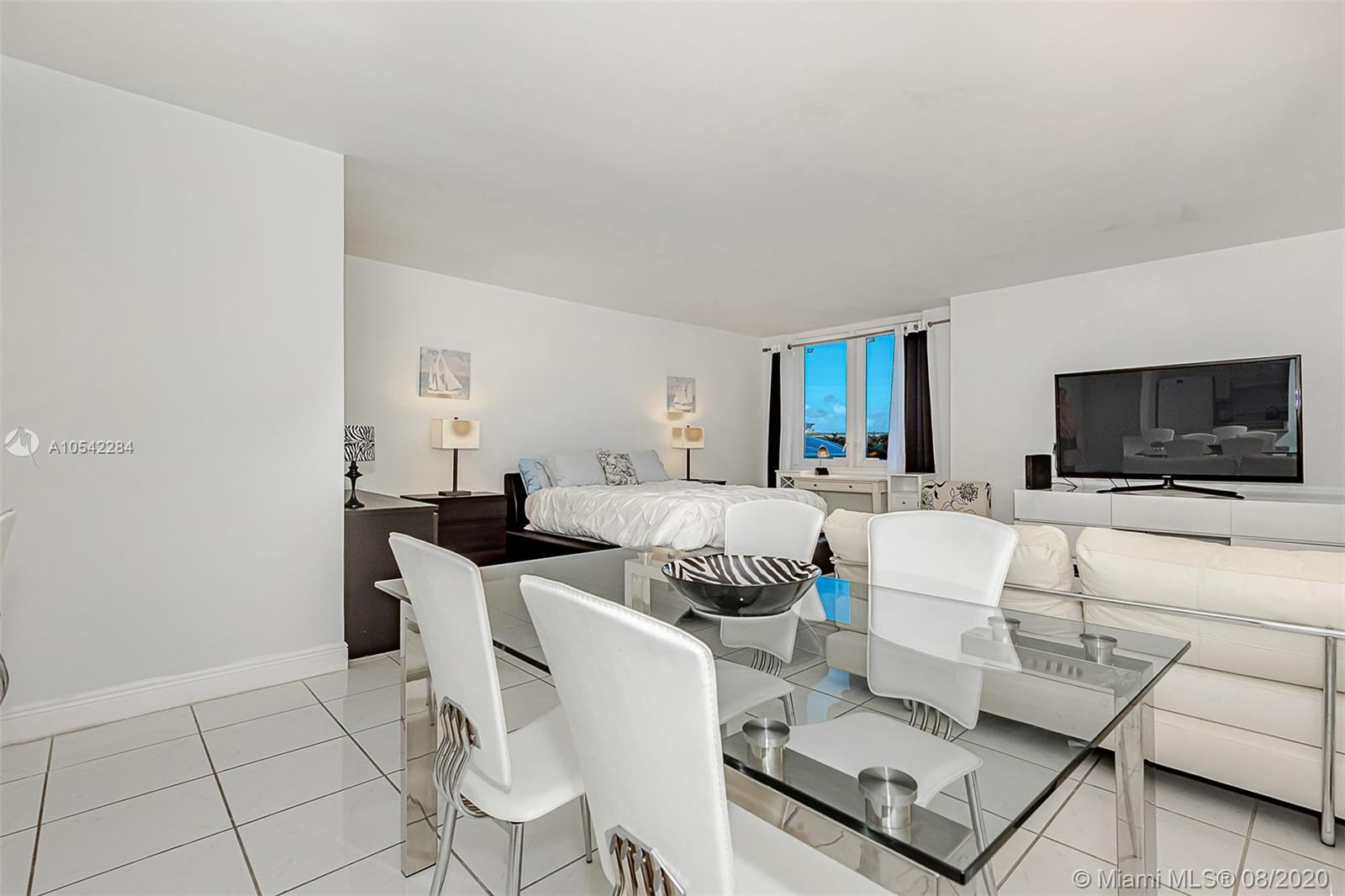 2301  Collins Ave #423 For Sale A10542284, FL