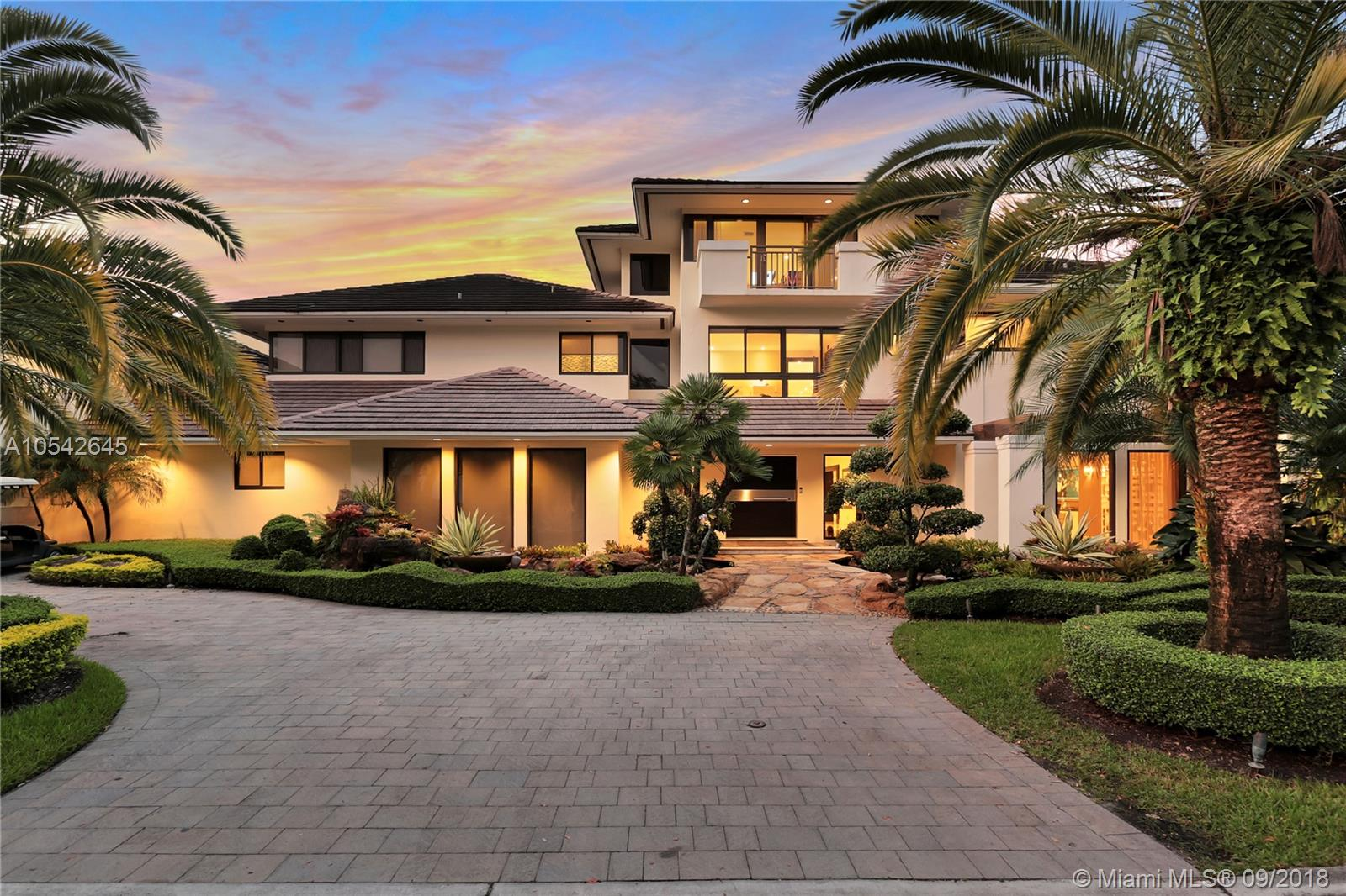 9464 NW 52nd Doral Ln  For Sale A10542645, FL
