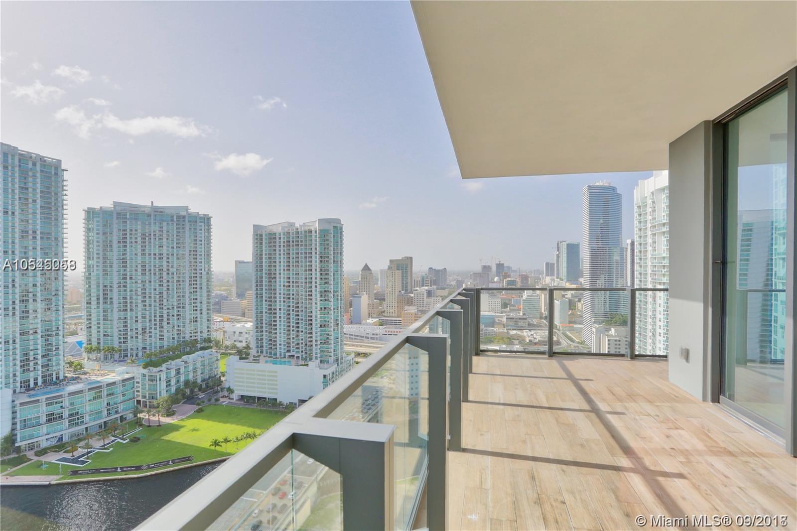 68 SE 6th St #2612, Miami FL 33131