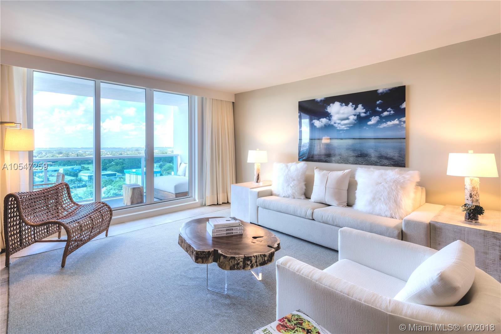 102  24th St #1527 For Sale A10547259, FL