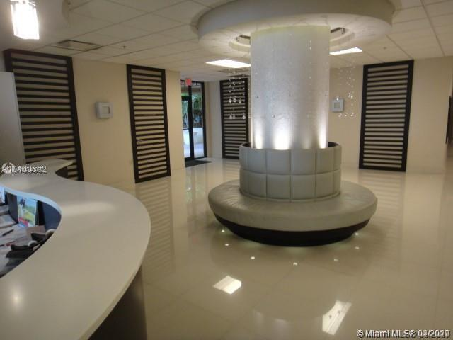 1621  Collins Ave #707 For Sale A10548837, FL