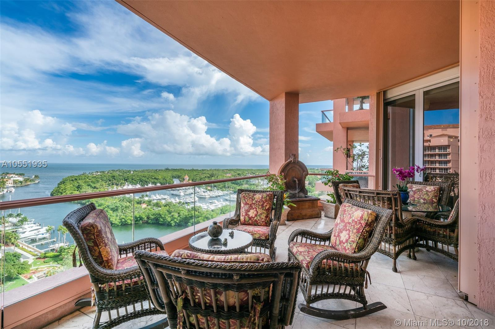 60  Edgewater Dr #PH3-C For Sale A10551935, FL