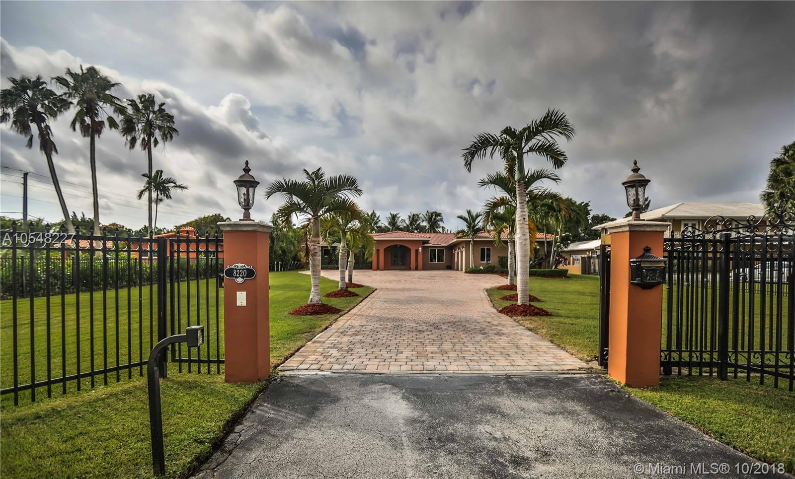 8220 Miller Dr, Miami, FL 33155