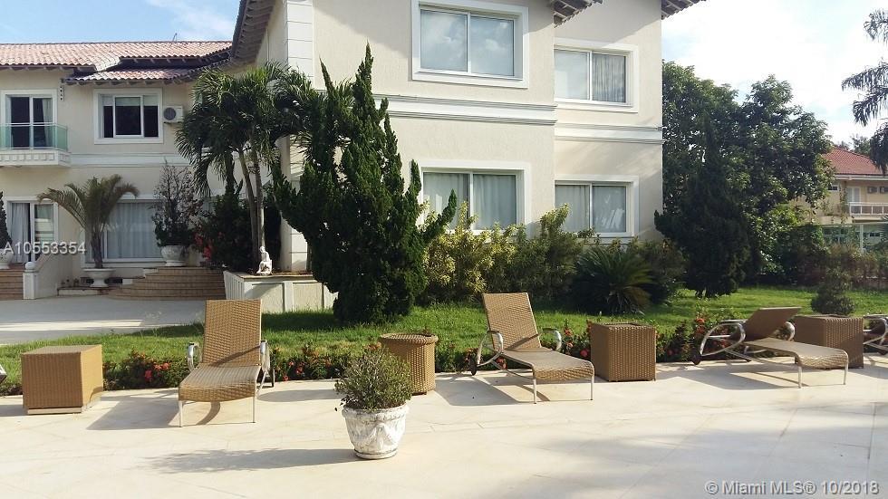 2300  Avenida das Americas  For Sale A10553354, FL