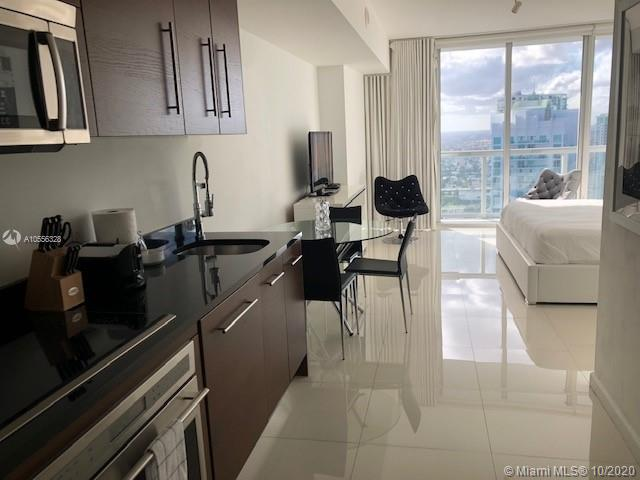 Welcome Home! Relax and Enjoy your stay in this gorgeous studio bedroom apartment located at the luxury Icon Brickell Tower three, where the W hotel is also located. CAN BE RENTED DAILY, WEEKLY OR MONTHLY. We provide our guests all they need to have a pampering experience (towels, bed sheets, glassware, cooking utensils, and more). Free Internet and more. Valet parking is included only in monthly rentals. Contact Us for weekly and daily rates. 