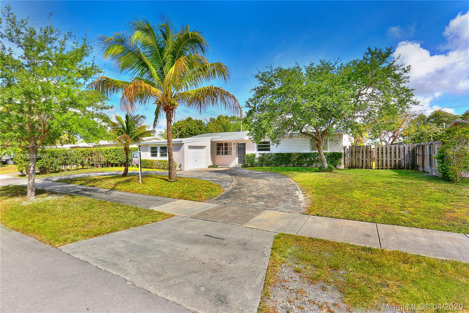 9011 SW 197th St  For Sale A10556675, FL