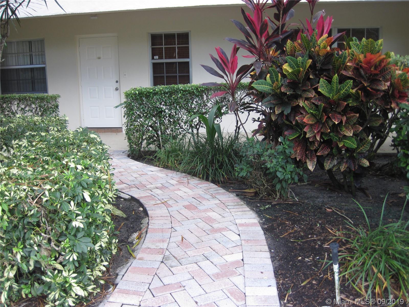 4000 Cypress Grove Way 104, Pompano Beach, FL 33069