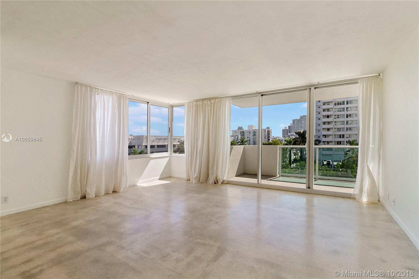 Over-sized 1 bedroom with 1.5 baths. Open balcony, great layout, excellent location. New impact windows and more.
