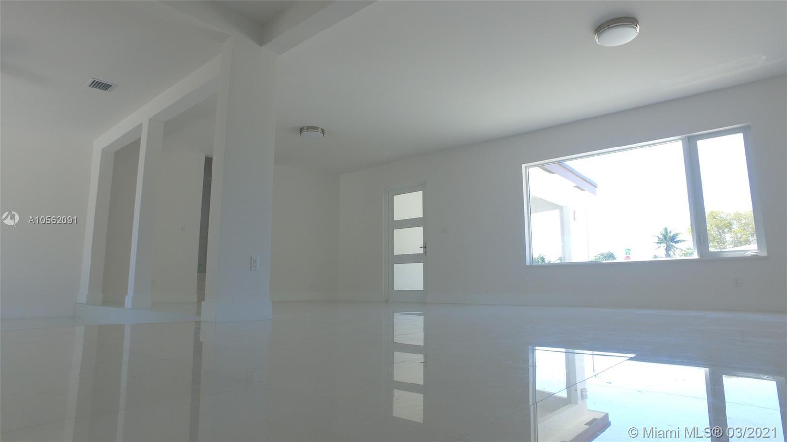 12505 NE Miami PL  For Sale A10562091, FL