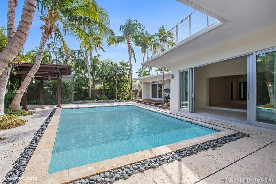 335  Pacific Rd  For Sale A10564059, FL