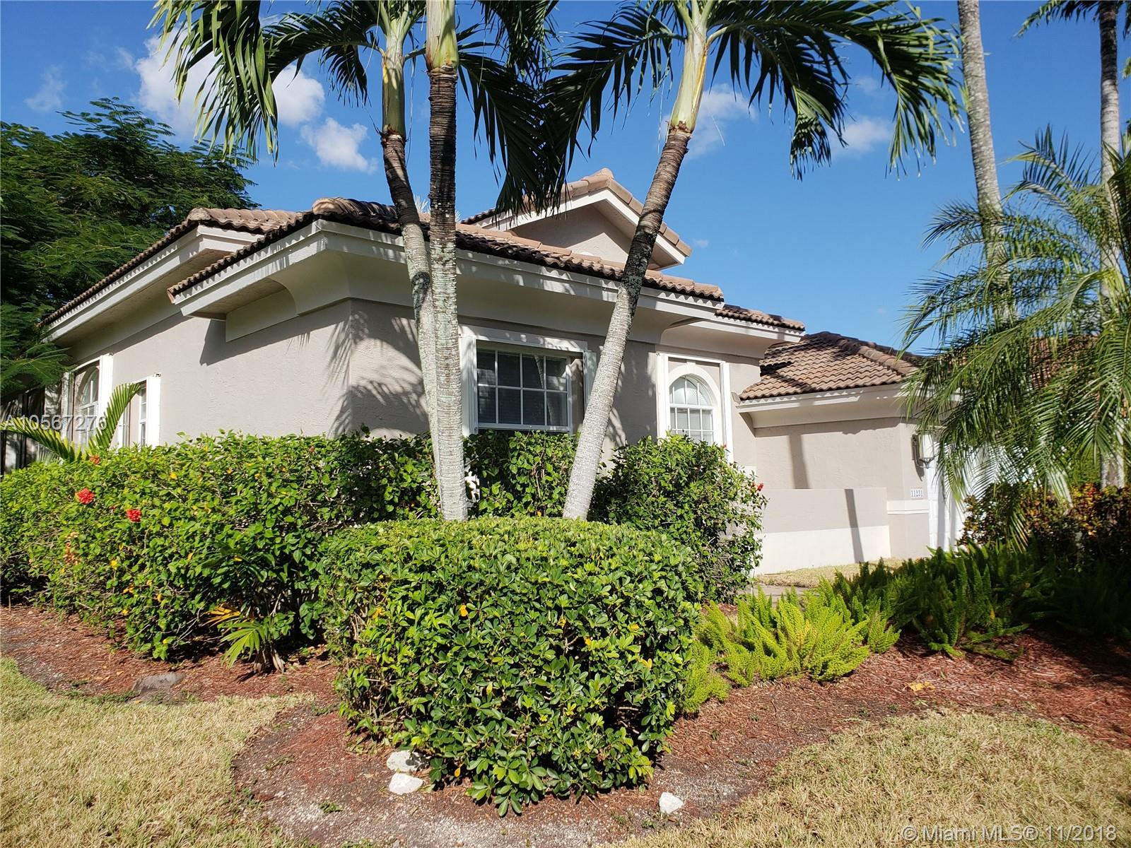 11231 NW 71 ST  For Sale A10567276, FL