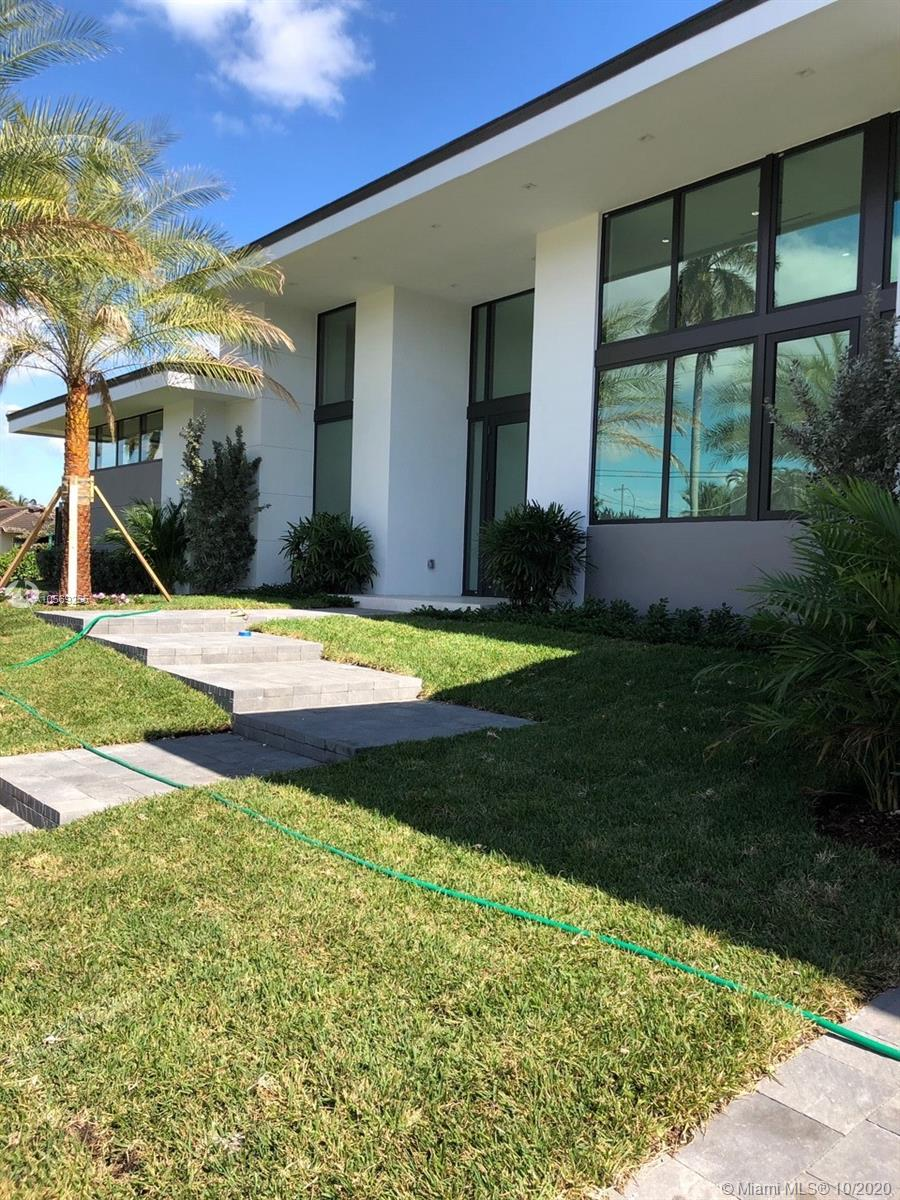 1651 Diplomat Pkwy, Hallandale Beach, FL 33009