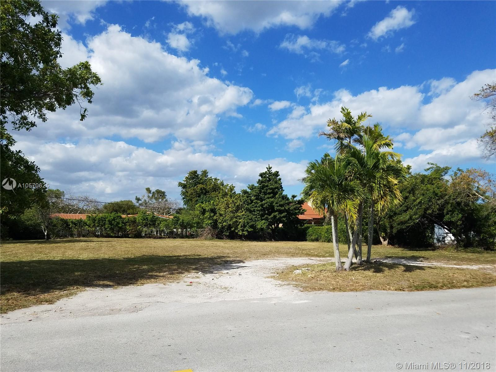 7625 SW 118th St  For Sale A10570625, FL