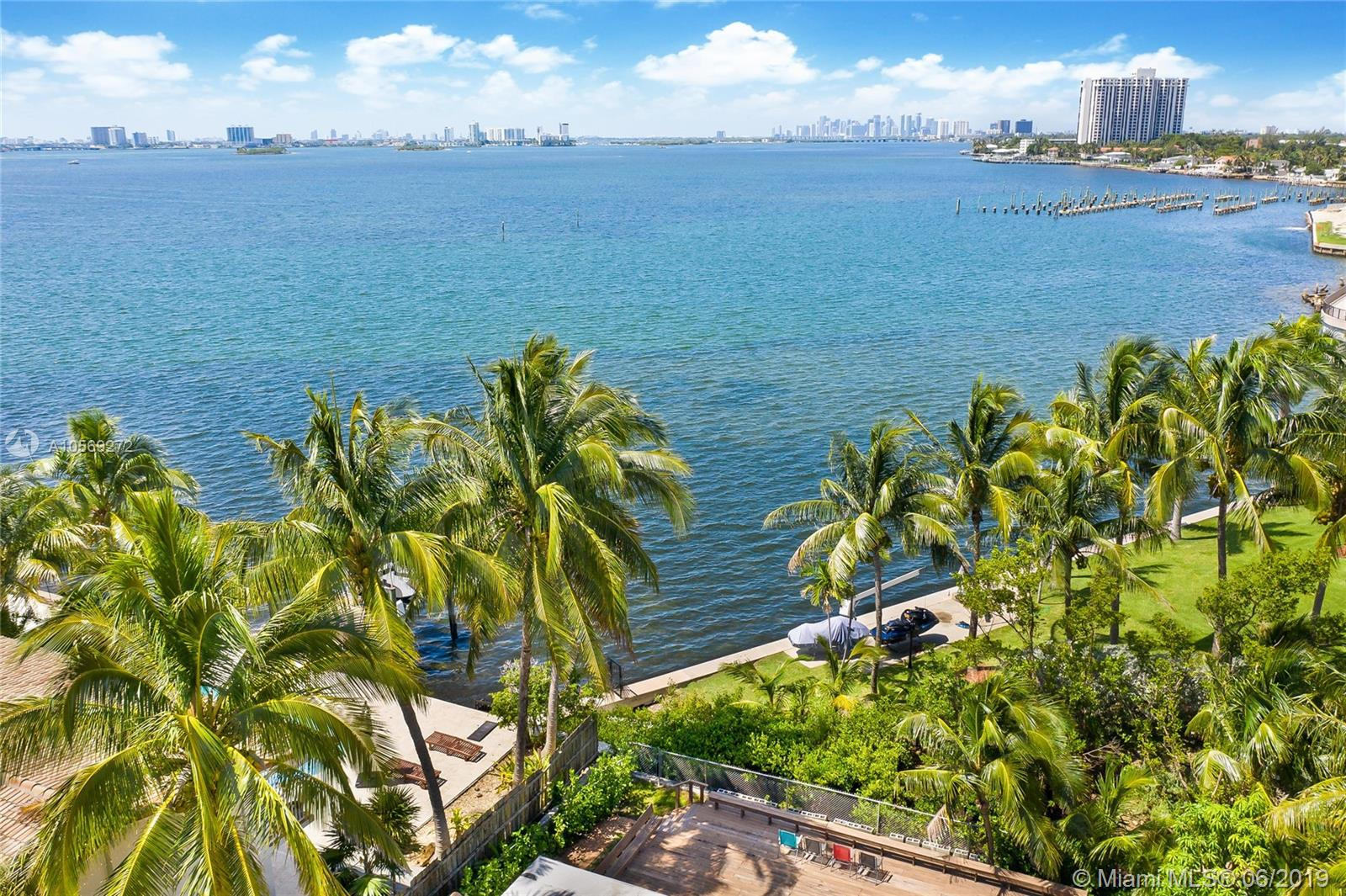 11450 N Bayshore Dr  For Sale A10569272, FL