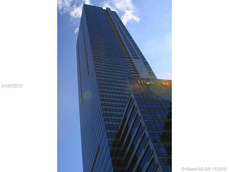 GORGEOUS FULLY FURNISHED 2/2.5 RESIDENCE IN MIAMI'S MOST SOUGHT OUT BUILDING. SPECTACULAR VIEWS FROM 50TH FLOOR UNIT, STAINLESS STEEL APPLIANCES, 10FT CEILINGS, GRANITE COUNTER TOPS AND MUCH MORE. 5 STAR AMENITIES BUILDING WITH 3 POOLS, FITNESS CENTER, SPA, 24 HOUR CONCIERGE, VALET. LOCATED WALKING DISTANCE FROM FROM RESTAURANTS, SHOPS, NIGHT LIFE AND MUCH MORE.