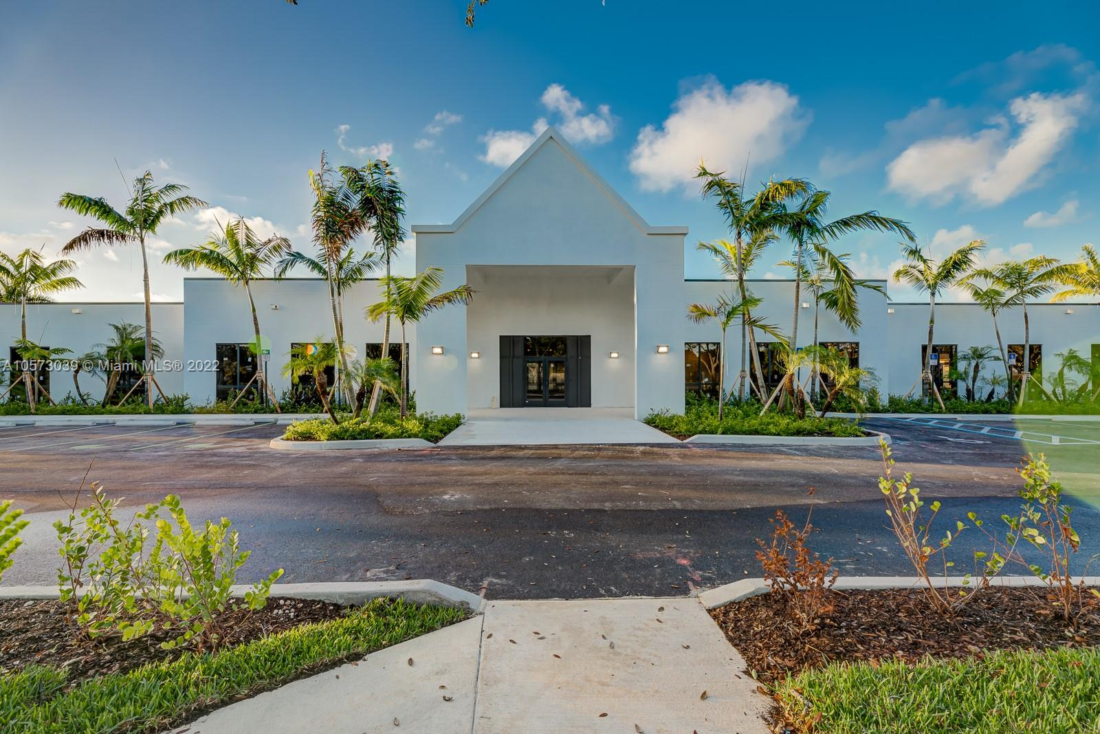 8950 SW 152nd St #105 For Sale A10573039, FL