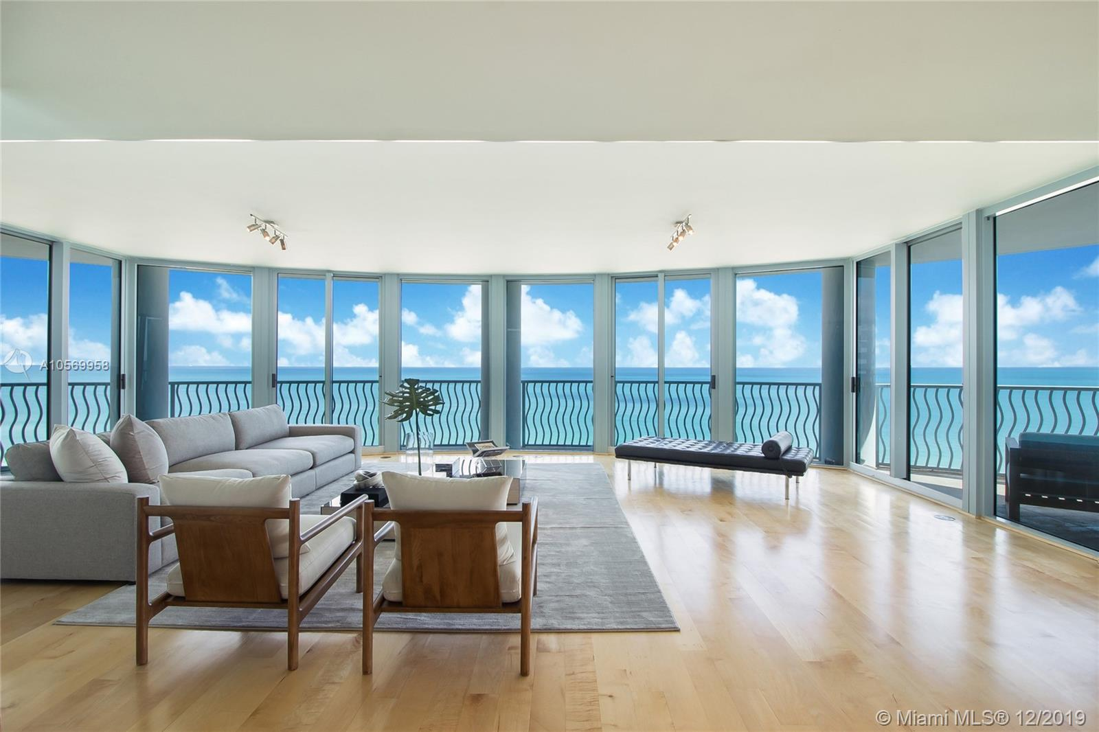 1500  Ocean Dr #UPH-2 For Sale A10569958, FL