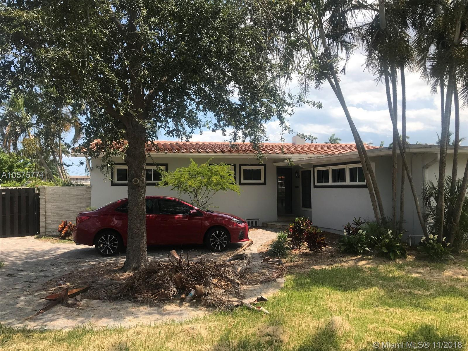 Nice 2 bedroom 3 bathroom home in Beautiful Lauderdale Harbor. Property has direct ocean access with no fixed bridges. On Lockbox Call for showings