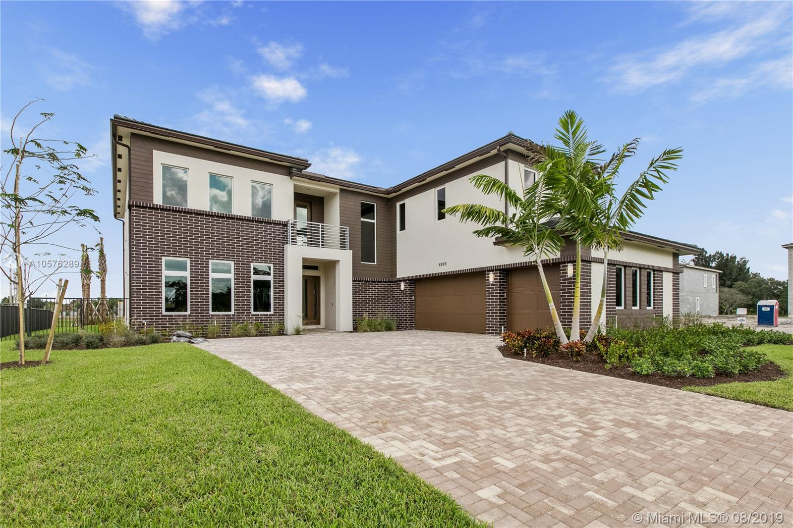 6805 S Stillwater Shores Dr  For Sale A10576289, FL