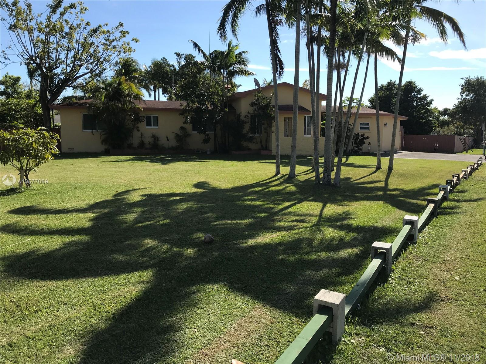 7001 S W 86th Ave  For Sale A10577059, FL