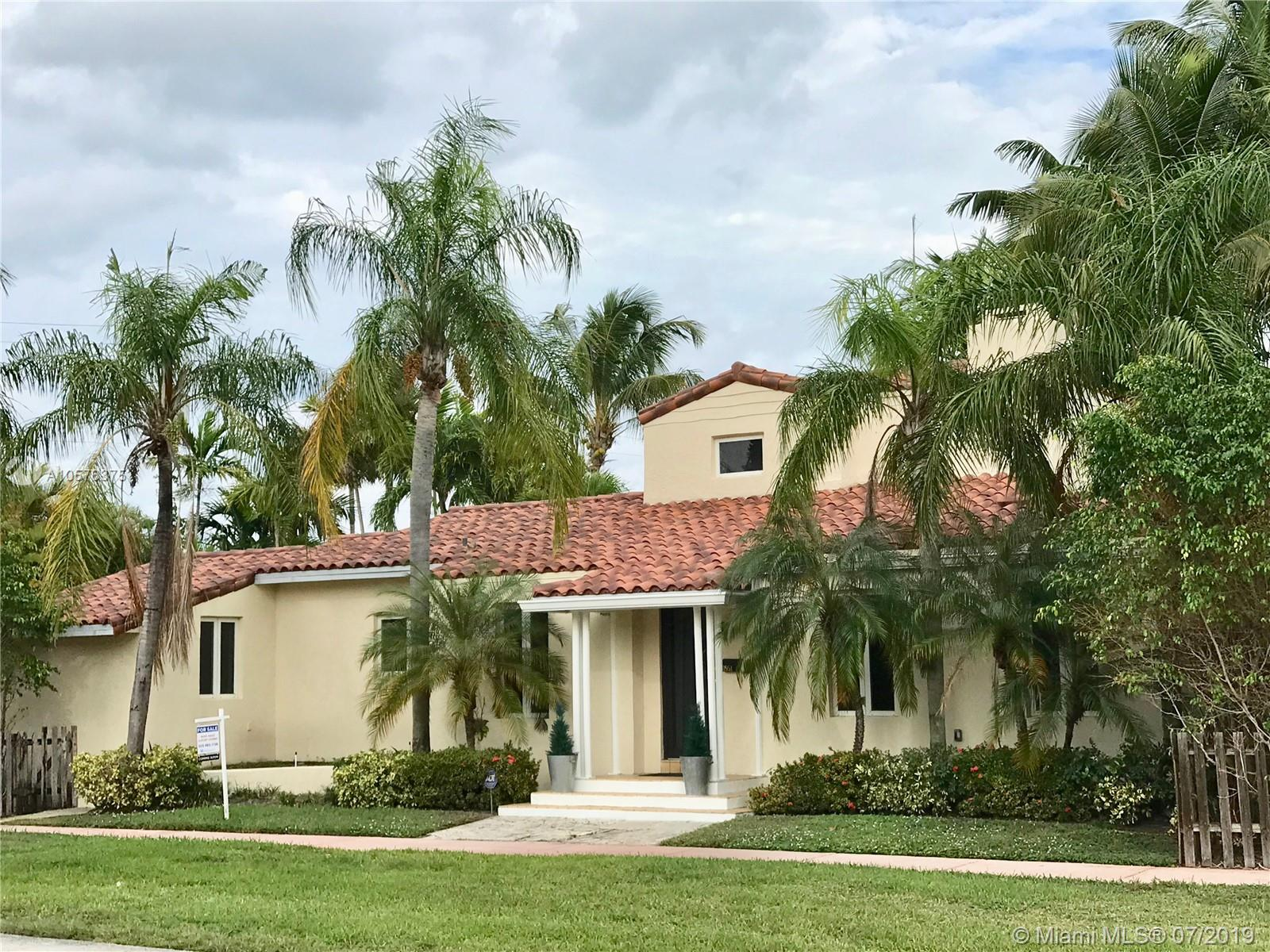 4951  Cherokee Ave  For Sale A10576375, FL