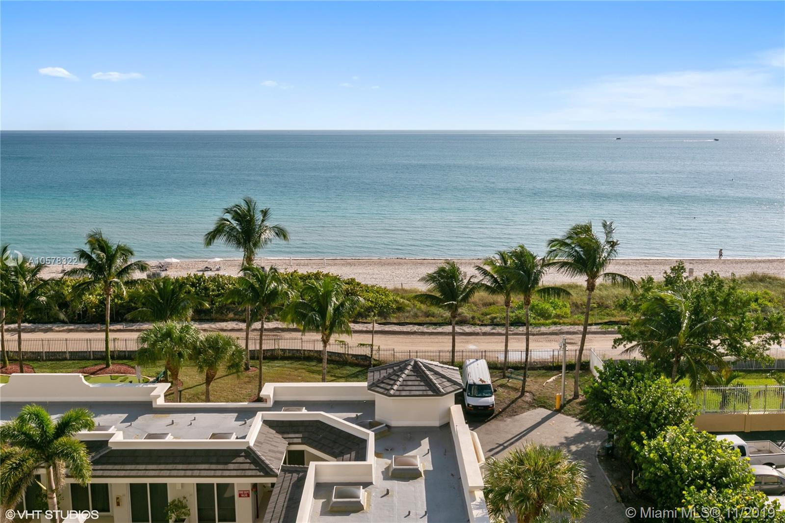 4775  Collins Ave   703