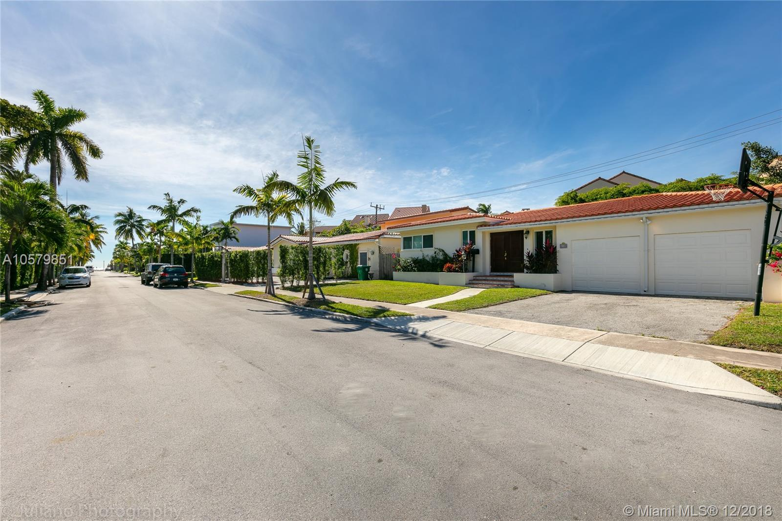 3508  Crystal View Ct  For Sale A10579851, FL