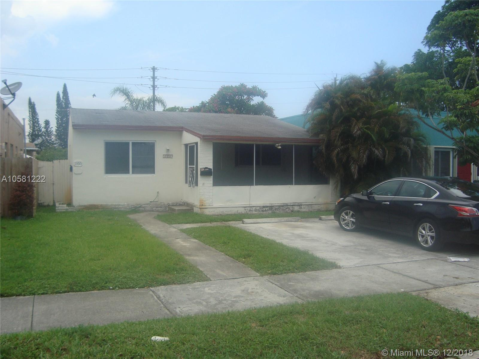 1953  Pierce St  For Sale A10581222, FL