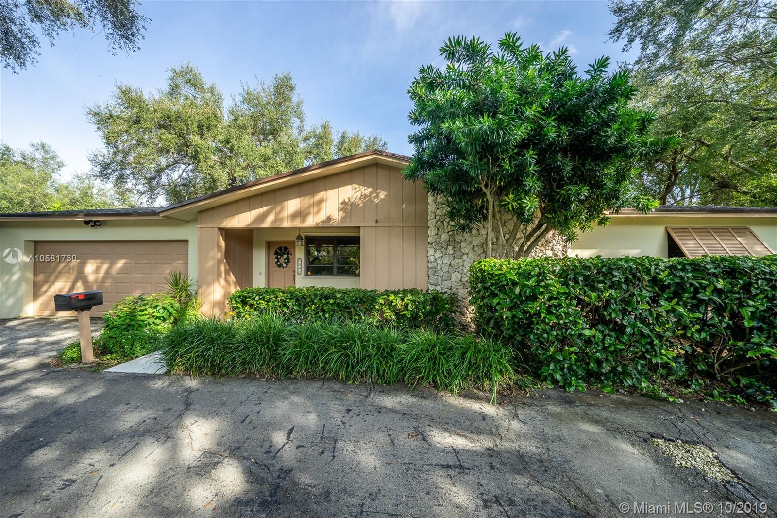 7505 SW 167th St  For Sale A10581730, FL