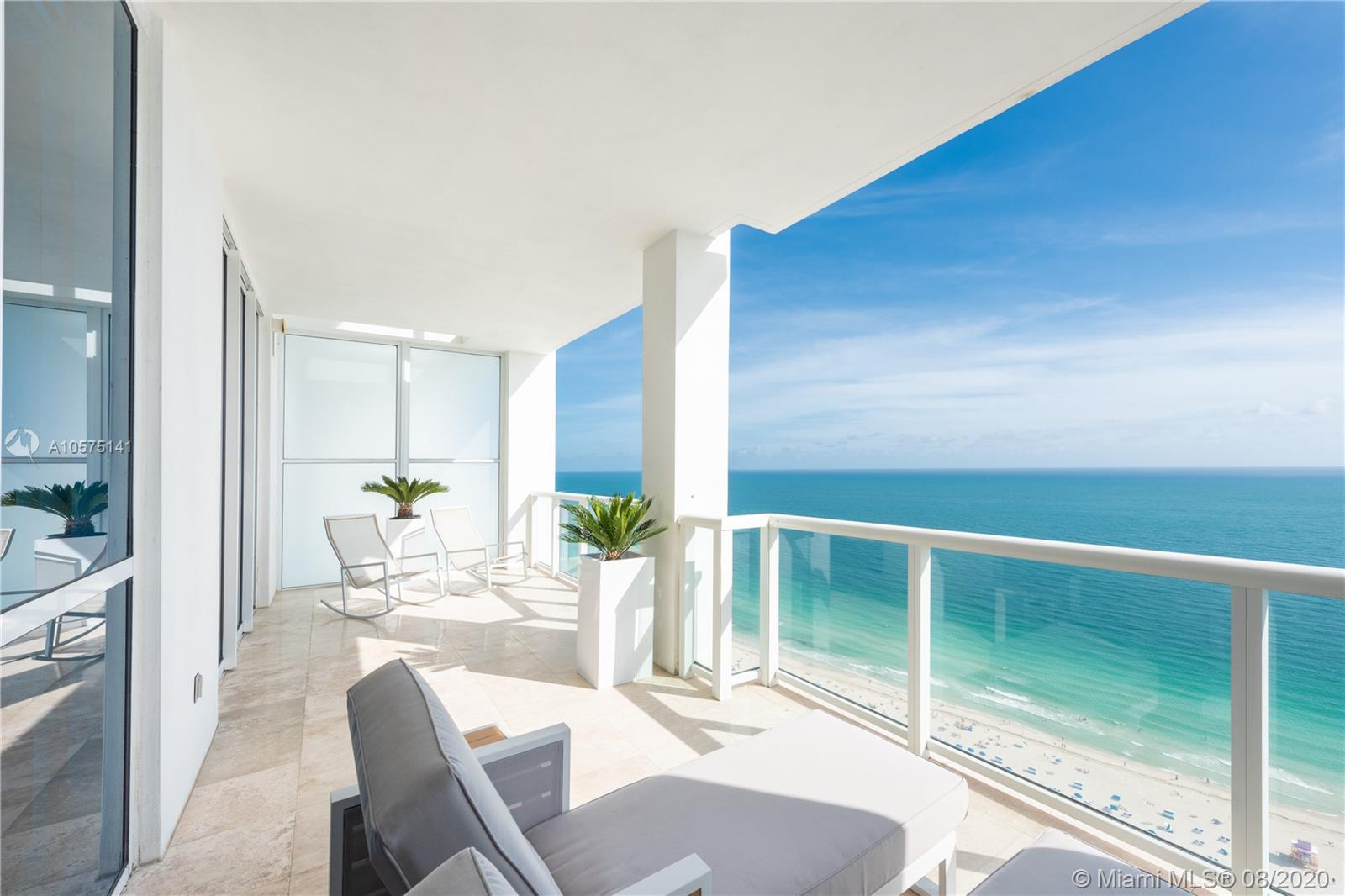 50 S Pointe Dr #3302 For Sale A10575141, FL