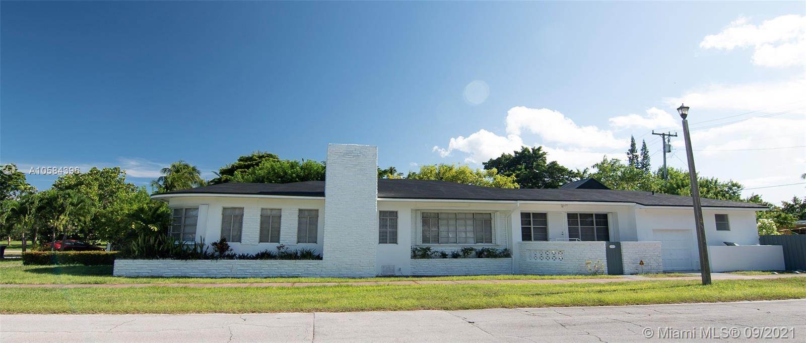 2502  Prairie Ave  For Sale A10584396, FL