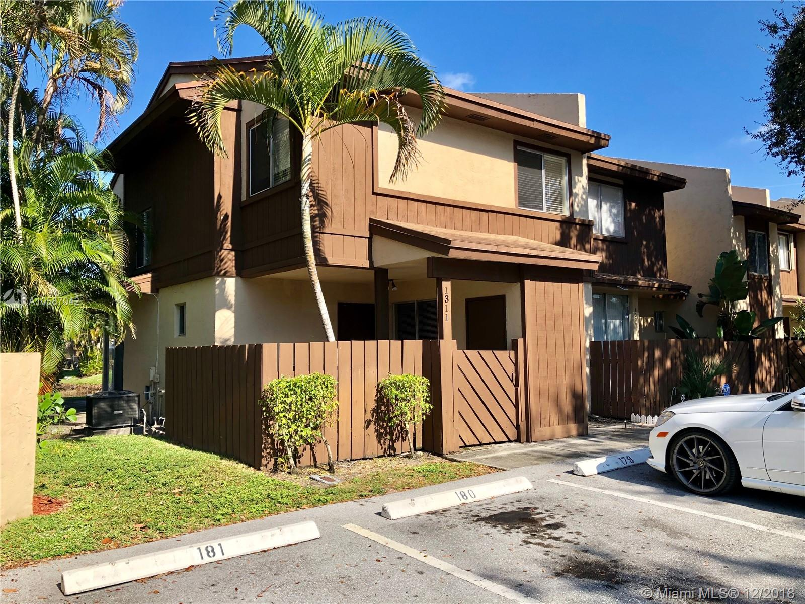 1311 Hampton Blvd, North Lauderdale, FL 33068